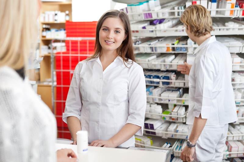 медкнижки работникам аптек